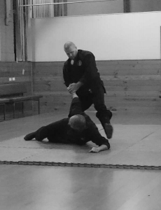 Defence against lapel grab 2 | Traditional Martial Arts | Melbourne, Victoria, Australia
